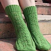 Аксессуары ручной работы. Ярмарка Мастеров - ручная работа Носки вязаные женские темно-зеленые. Handmade.