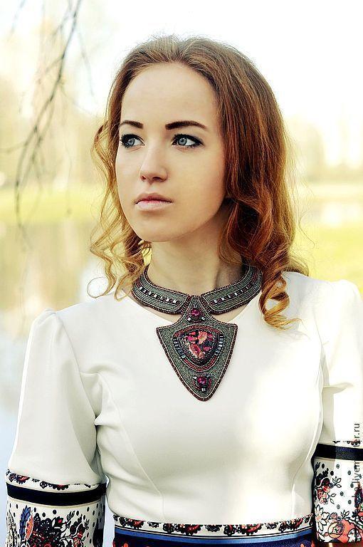 Фотограф Оля Федорова  колье из натуральных камней купить