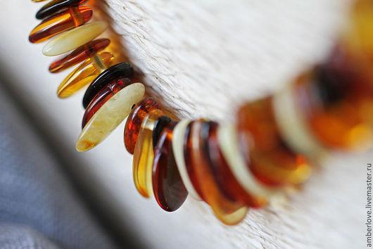 """Колье, бусы ручной работы. Ярмарка Мастеров - ручная работа. Купить Янтарное ожерелье """"Хвост феникса"""". Handmade. Разноцветный"""