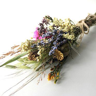 Цветы и флористика ручной работы. Ярмарка Мастеров - ручная работа Букетик из сухоцветов на подарок на открытку для куклы. Handmade.