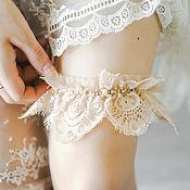 Свадебный салон ручной работы. Ярмарка Мастеров - ручная работа Подвязка для невесты, нежная подвязка, бежевая подвязка. Handmade.