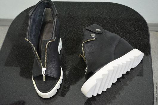 Обувь ручной работы. Ярмарка Мастеров - ручная работа. Купить ботильоны. Handmade. Чёрно-белый, ботильоны, кожа натуральная
