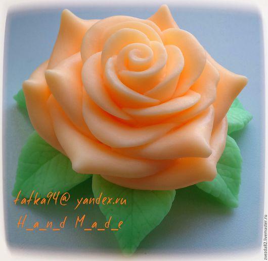 """Мыло ручной работы. Ярмарка Мастеров - ручная работа. Купить Сувенирное мыло ручной работы """"Роза на листьях"""". Handmade. Разноцветный"""