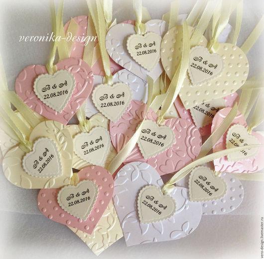 Свадебные аксессуары ручной работы. Ярмарка Мастеров - ручная работа. Купить Бирочки-сердечки свадебные на подарки гостям с инициалами. Handmade.