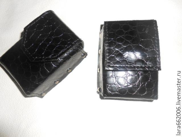 Чехол для сигарет (жесткий) из черной кожи под крокодила
