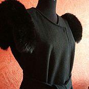 Одежда ручной работы. Ярмарка Мастеров - ручная работа Жилет с натуральной опушкой черный. Handmade.
