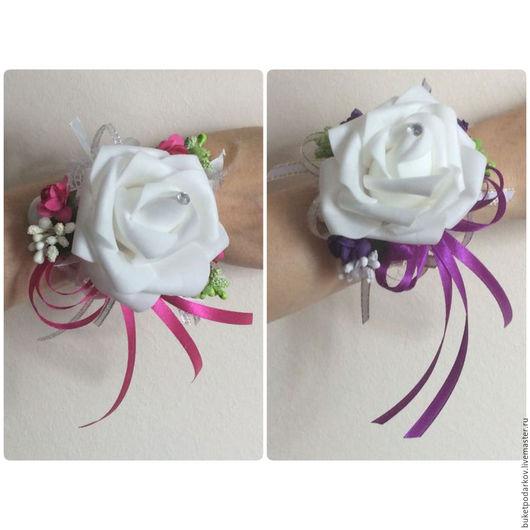 """Одежда и аксессуары ручной работы. Ярмарка Мастеров - ручная работа. Купить Браслеты для подружек невесты"""" Белая роза """" ( фиолетовая лента ). Handmade."""