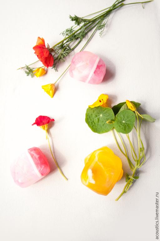 Родохрозит (розовый) с янтарем (оранжевый)