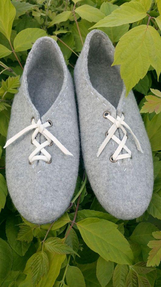 Обувь ручной работы. Ярмарка Мастеров - ручная работа. Купить Мужские валяные домашние тапочки. Handmade. Валяные тапочки