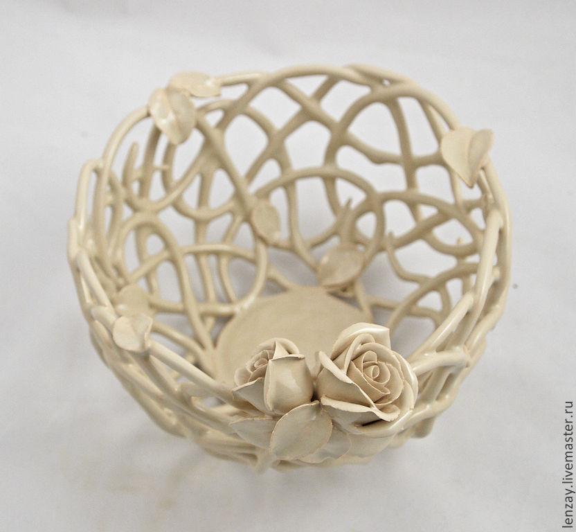 The bowl or plate. Woven ceramics Elena Zaichenko.