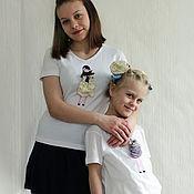 Одежда ручной работы. Ярмарка Мастеров - ручная работа Семейный комплект футболок (family look). Мама и дочь. Две сестры.. Handmade.