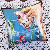 Для дома и интерьера ручной работы. Ярмарка Мастеров - ручная работа Кошка - любительница рыбок. Handmade.