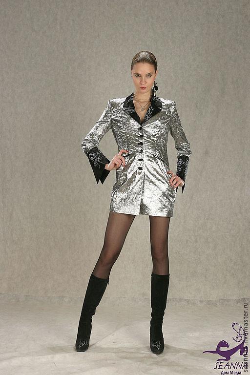 """Верхняя одежда ручной работы. Ярмарка Мастеров - ручная работа. Купить Плащ из серебряной парчи и атласа с серебряной вышивкой """"Космос"""". Handmade."""