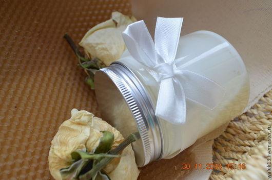Маски для волос ручной работы. Ярмарка Мастеров - ручная работа. Купить Маска для волос с пчелиным маточным молочком. Handmade. Золотой
