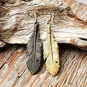"""Украшения ручной работы. Ярмарка Мастеров - ручная работа Серьги""""Перья""""золотые перья черное перо длинные птица ассиметрия стиль. Handmade."""
