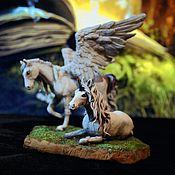 Для дома и интерьера ручной работы. Ярмарка Мастеров - ручная работа Пегас и единорог - скульптурная миниатюра Сказка. Handmade.