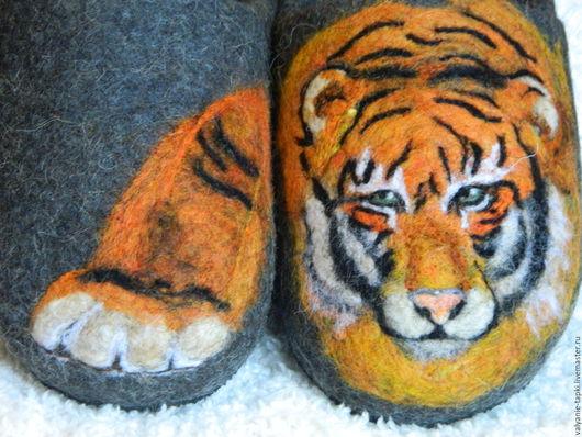 """Обувь ручной работы. Ярмарка Мастеров - ручная работа. Купить Тапочки валяные мужские""""Взгляд"""". Handmade. Серый, овечья шерсть 100%"""