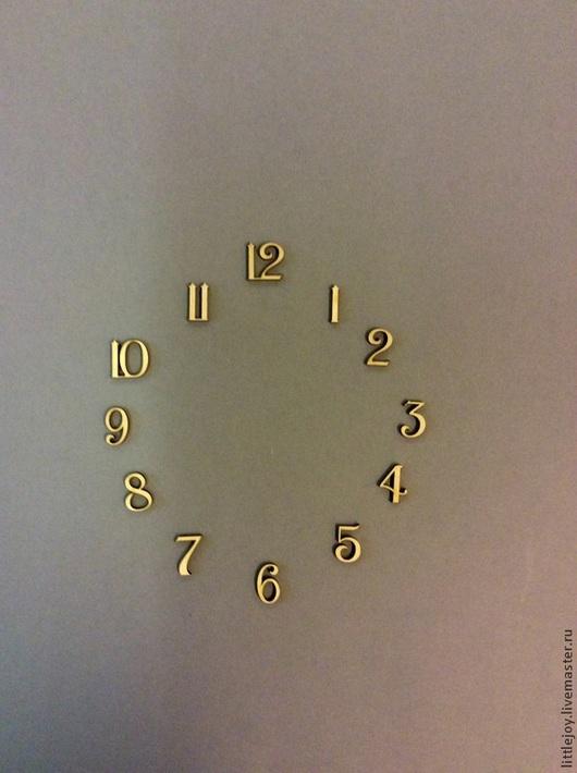 Цифры 2,5 см -120 руб , цифры 3 см -130 руб
