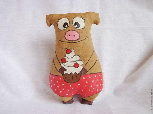 Ароматизированные куклы ручной работы. Ярмарка Мастеров - ручная работа. Купить Поросенок с пирожным. Handmade. Коричневый, кофейный поросенок, синтепух