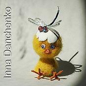 """Куклы и игрушки ручной работы. Ярмарка Мастеров - ручная работа Миниатюра """"Цыпленок и стрекоза"""". Handmade."""