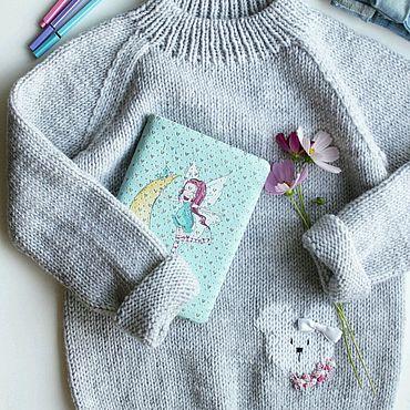 Одежда ручной работы. Ярмарка Мастеров - ручная работа Свитерок для девочки с вышевкой. Handmade.