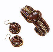 Украшения handmade. Livemaster - original item Beaded bracelet and beaded earrings Honey brown gold. Handmade.