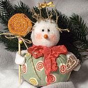 Куклы и игрушки ручной работы. Ярмарка Мастеров - ручная работа Снеговичок с пряником))). Handmade.