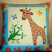 """Для дома и интерьера ручной работы. Ярмарка Мастеров - ручная работа """"Жирафик""""   наволочка. Handmade."""