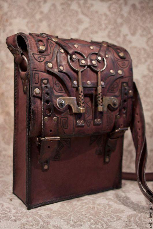 Мужские сумки ручной работы. Ярмарка Мастеров - ручная работа. Купить Кожаная сумка в стиле стимпанк. Handmade. Коричневый, фантастика