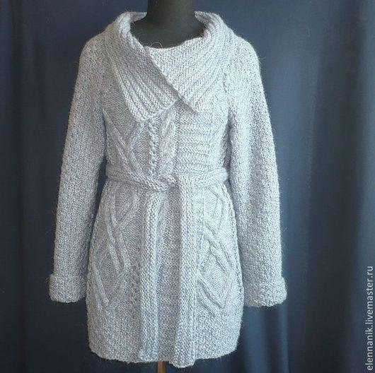 Верхняя одежда ручной работы. Ярмарка Мастеров - ручная работа. Купить Вязаное пальто женское светлое осеннее. Handmade. Однотонный
