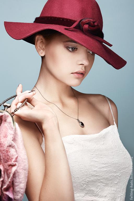 Шляпы ручной работы. Ярмарка Мастеров - ручная работа. Купить Дизайнерская шляпа из фетра Бургундия. Handmade. Шляпа, шляпка женская