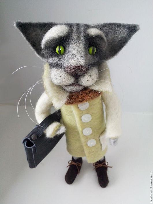 Игрушки животные, ручной работы. Ярмарка Мастеров - ручная работа. Купить Кот сибирский романтик, интерьерная игрушка. Handmade. Серый