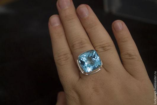 """Кольца ручной работы. Ярмарка Мастеров - ручная работа. Купить Кольцо с голубым топазом """"Виконт"""". Handmade. Голубой, кольцо"""