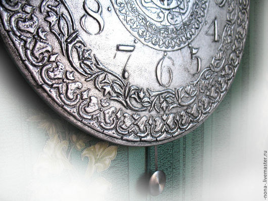 """Часы для дома ручной работы. Ярмарка Мастеров - ручная работа. Купить Большие часы с маятником """"Серебряный век"""" интерьерные. Handmade."""