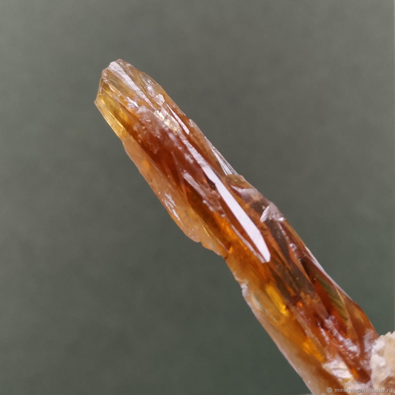 Арагонит минерал, кристалл длинный1 Медовый, Минералы, Москва,  Фото №1