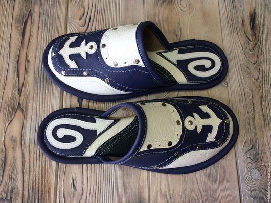 """Обувь ручной работы. Ярмарка Мастеров - ручная работа. Купить Кожаные тапочки """"Navigator"""". Handmade. Тапочки, морской стиль, триколор"""