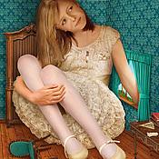 """Картины и панно ручной работы. Ярмарка Мастеров - ручная работа Фотосказка """"Алиса в стране чудес. В доме у Кролика"""". Handmade."""