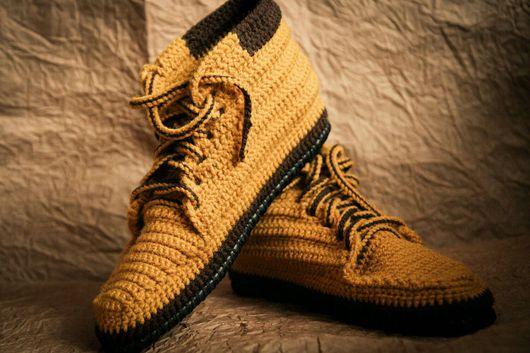 Обувь ручной работы. Ярмарка Мастеров - ручная работа. Купить Мужские ботинки (для дома). Handmade. Разноцветный, тапки