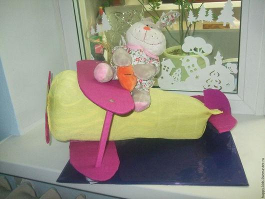 Подарки для новорожденных, ручной работы. Ярмарка Мастеров - ручная работа. Купить самолетик с зайчиком. Handmade. Комбинированный, игрушка
