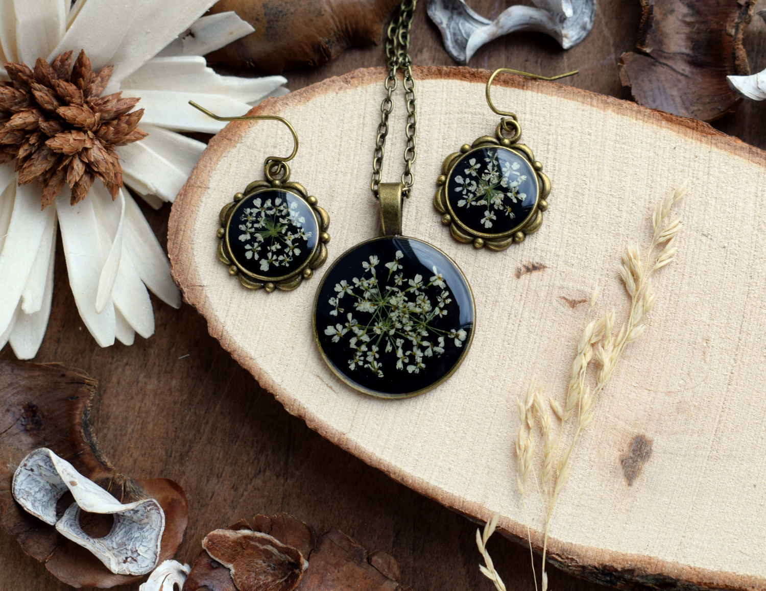 A set of jewellery made from resin with real flowers 'Snitch', Jewelry Sets, Engels,  Фото №1