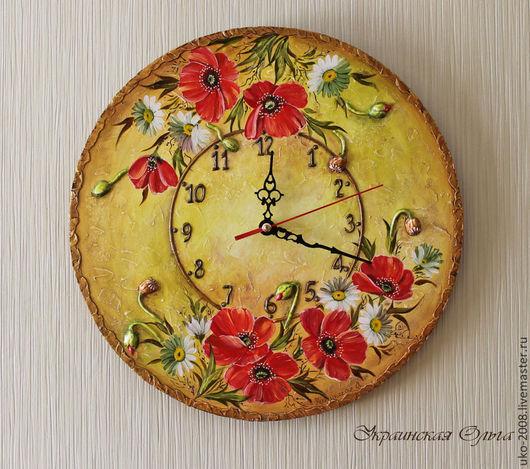 """Часы для дома ручной работы. Ярмарка Мастеров - ручная работа. Купить Часы с росписью  """"Маки и ромашки"""". Handmade. Ярко-красный"""