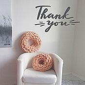 """Для дома и интерьера ручной работы. Ярмарка Мастеров - ручная работа Вязаная объемная подушка """"Пончик"""". Handmade."""