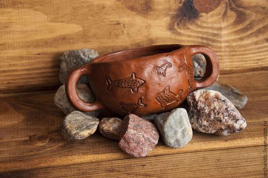 Кружки и чашки ручной работы. Ярмарка Мастеров - ручная работа. Купить Чаша с двумя ручками со сценой охоты.. Handmade.