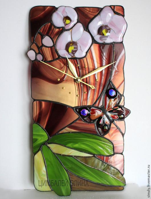 """Часы для дома ручной работы. Ярмарка Мастеров - ручная работа. Купить Витражные часы """"Орхидея с бабочкой"""". Handmade. Орхидеи"""