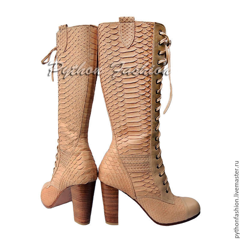 Boots Python skin. Beige boots made of Python skin with zipper. Designer shoes hand made from Python leather. Stylish Economie boots. Womens boots Python skin lace-up heeled Boots
