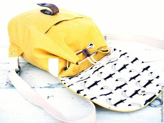 женский рюкзак, рюкзак из ткани, городской рюкзак, , рюкзак для девушки, туристический рюкзак, повседневный рюкзак, рюкзак большой, вместительный рюкзак, жёлтый женский рюкзак, рюкзак с лисами