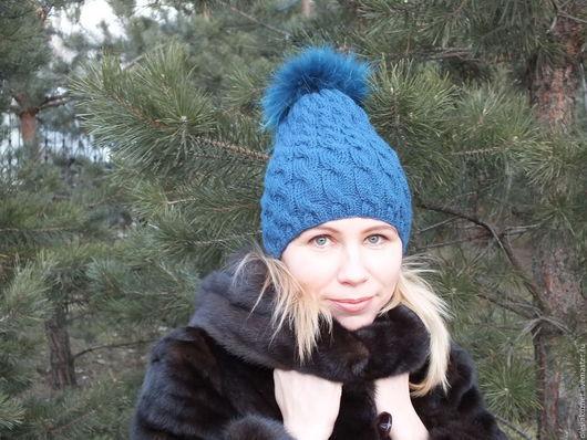 Шапки ручной работы. Ярмарка Мастеров - ручная работа. Купить Шапка с помпоном синяя. Handmade. Тёмно-синий, женская шапка