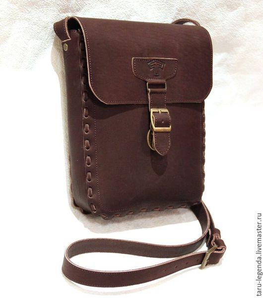"""Мужские сумки ручной работы. Ярмарка Мастеров - ручная работа. Купить Мужская кожаная сумка """"Тапио"""" тёмно-коричневого цвета. Handmade."""