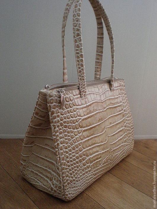 Женские сумки ручной работы. Ярмарка Мастеров - ручная работа. Купить Летняя офисная сумка. Handmade. Бежевый, натуральная кожа