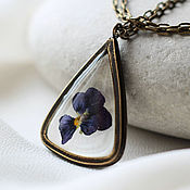 Украшения handmade. Livemaster - original item Triangular pendant.Transparent pendant with purple flower.Pendant with flowers. Handmade.